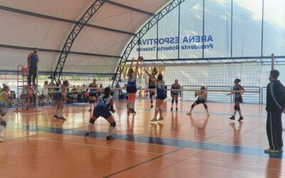 CBH é bronze em torneio interclubes de vôlei feminino