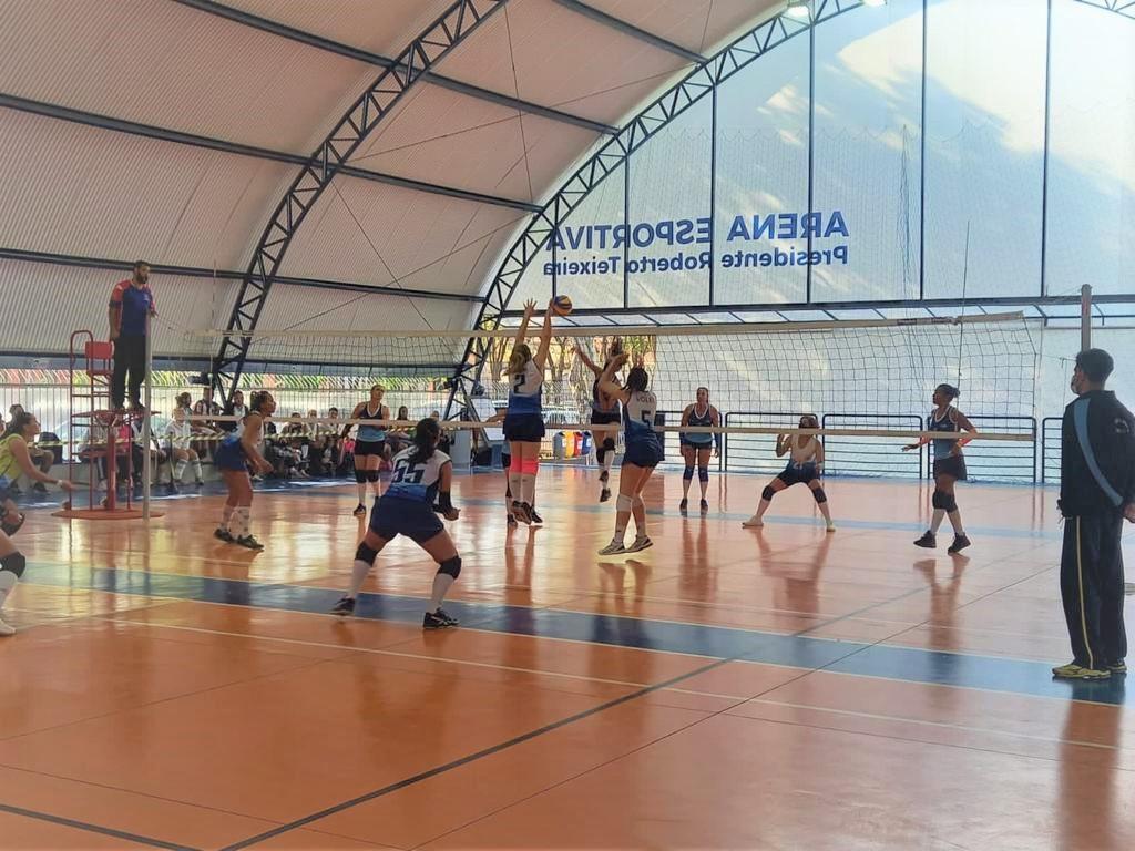 Torneio inter clubes vôlei feminino